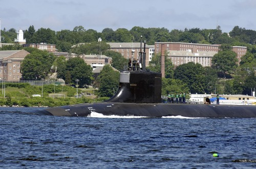 Nuclear submaring Seawolf leaving port in Connecticut.