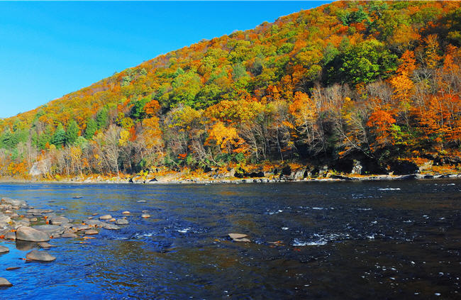 Amazing views of fall foilage in the Hudson Valley, NY.